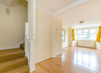 2 bed flat to rent in Ditton Road, Surbiton KT6