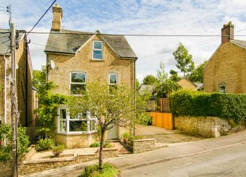 Thumbnail 4 bed detached house for sale in The Leys, Chipping Norton