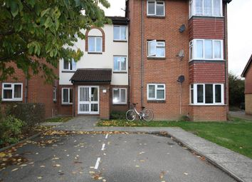 Thumbnail 1 bed flat to rent in Sterling Gardens, New Cross, London