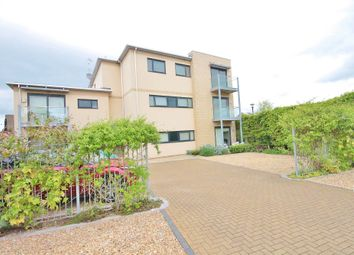 Thumbnail 2 bed flat to rent in Northcourt Road, Abingdon