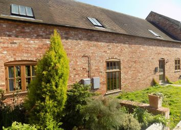 Thumbnail 4 bed barn conversion to rent in Old Stafford Road, Slade Heath, Wolverhampton