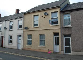 Thumbnail 1 bed flat to rent in St. Catherine Street, Carmarthen