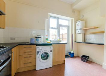 Thumbnail 2 bed flat to rent in Green Lanes, Palmers Green, London
