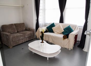 Thumbnail 2 bed flat to rent in Regents Park Road, Finchley, London