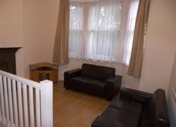 Thumbnail 4 bed flat to rent in Askew Mansions, Hammersmith, London