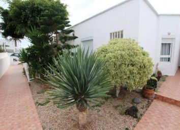 Thumbnail Villa for sale in Puerto Del Carmen, Las Palmas, Spain