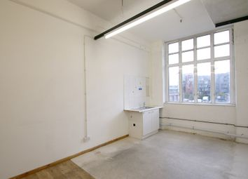 Thumbnail Office to let in Unit 9C (D) Queens Yard, White Post Lane, Hackney, London