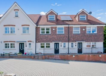 Queen Street, Gomshall, Guildford GU5. 4 bed terraced house