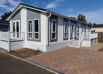 Thumbnail 2 bed mobile/park home for sale in Eye Road, Brome, Eye