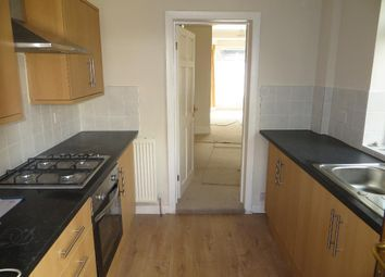 Thumbnail 2 bedroom terraced house to rent in Thoresby Street, Hull