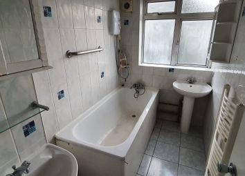 2 bed maisonette to rent in Solander Gardens, London E1