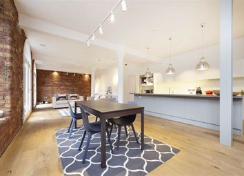 3 bed flat to rent in Green Walk, London SE1