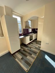 Thumbnail 2 bed flat to rent in Cavendish Street, Keighley