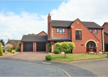 Thumbnail 4 bed detached house for sale in Andrews Drive, Evesham
