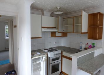 Thumbnail 1 bed flat to rent in Preston Grove, Yeovil