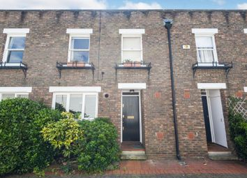 3 bed mews house for sale in Usborne Mews, Oval SW8