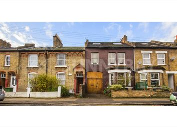 Thumbnail 1 bed flat to rent in Gladstone Road, Wimbledon