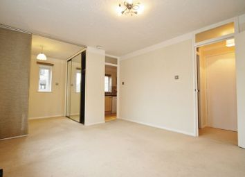 Thumbnail Studio to rent in Jasmin Close, Northwood, Middlesex