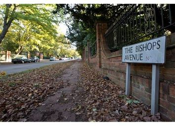 Thumbnail 2 bed flat to rent in The Bishops Avenue, Hampstead, London