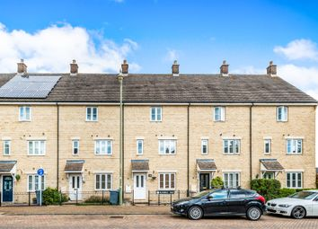 Thumbnail 3 bedroom town house for sale in Bluebell Way, Carterton