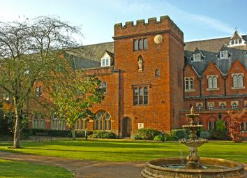 Thumbnail 2 bed flat to rent in Convent Court EPC - E, Hatch Lane, Windsor