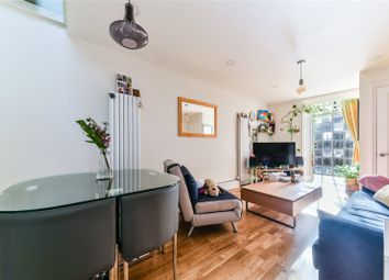 1 bed terraced house for sale in St. Frideswides Mews, Canary Wharf, London E14