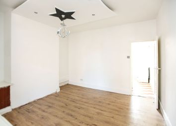 Thumbnail 2 bed flat to rent in Stanford Road, London