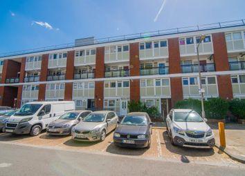 3 bed property for sale in Maskelyne Close, Battersea SW11