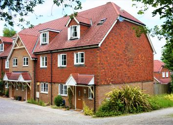 Thumbnail 4 bedroom mews house for sale in Lower Dene, East Grinstead