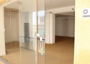 Thumbnail Retail premises for sale in R. Das Juntas De Freguesia 12, 8600-315 Lagos, Portugal