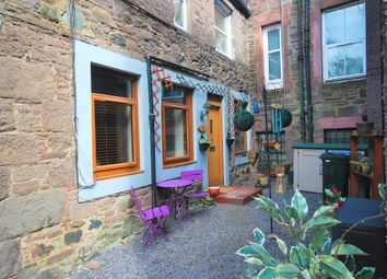 Thumbnail 2 bedroom flat for sale in The Cross, Crieff