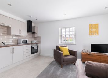 2 bed flat to rent in St. Pauls Street South, Cheltenham GL50