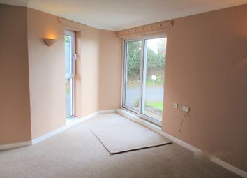 2 bed flat to rent in Homequay House, Falkland Road, Torquay, Devon TQ2