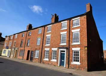 Thumbnail 5 bed town house to rent in West Street, Horncastle
