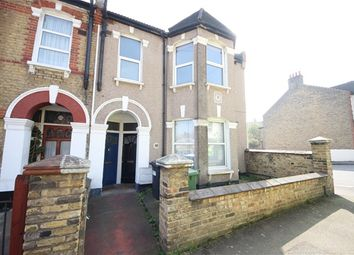 Thumbnail 2 bedroom flat to rent in Sandrock Road, London
