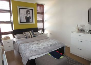 Thumbnail 1 bed flat to rent in Azure Court, 666 Kingsbury Road, London