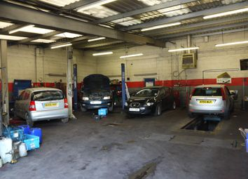 Thumbnail Parking/garage for sale in Vehicle Repairs & Mot HD4, West Yorkshire