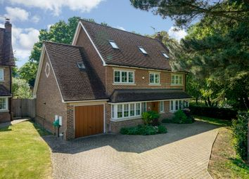 Thumbnail 6 bed detached house for sale in Rivington Gardens, Northchurch, Berkhamsted