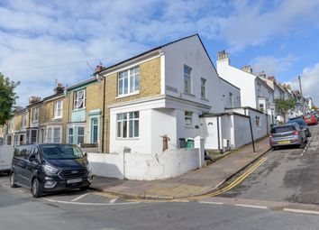 7 bed shared accommodation to rent in Sutherland Road, Brighton BN2