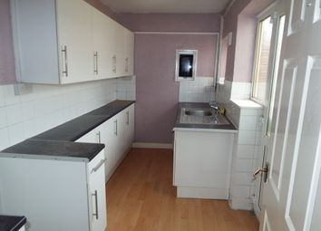 Thumbnail 1 bed flat to rent in South Farm Road, Broadwater, Worthing