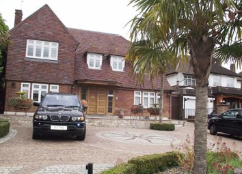 Thumbnail Room to rent in Greenbrook Avenue, Barnet