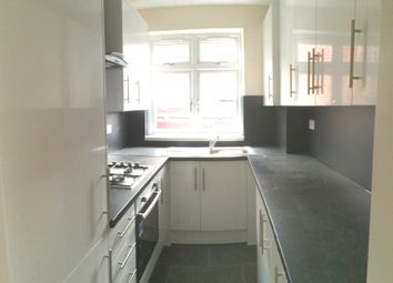 Thumbnail 3 bed flat to rent in Greenford Ave, Hanwell