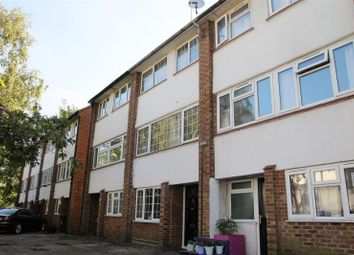 Thumbnail 3 bedroom maisonette for sale in Dedworth Road, Windsor