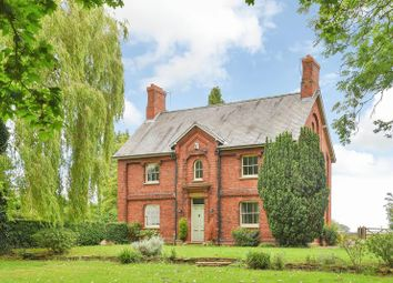 Thumbnail 6 bed detached house for sale in Collingham Road, Besthorpe, Newark