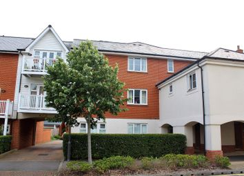 Thumbnail 2 bedroom flat for sale in Chequers Avenue, High Wycombe