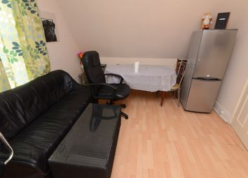 Thumbnail 1 bed flat to rent in Chippinghouse Road, Sheffield