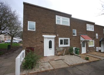 Thumbnail 2 bed property to rent in Polsteads, Basildon