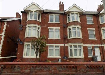 2 bed flat to rent in Burlington Road, Blackpool FY4