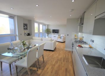 Thumbnail 2 bed flat for sale in 26 Elizabeth House, Christoper Road, East Grinstead