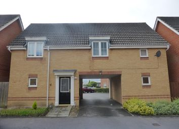 Thumbnail 2 bed flat to rent in Kings Chase, Andover